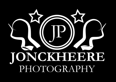 Logo JP wit-zwart